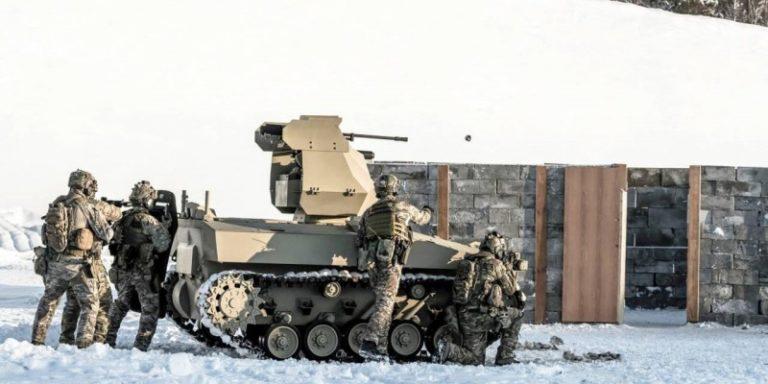 Применение Минобороны РФ боевых роботов «Саратник» — Видео