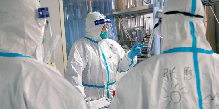 США начали новую инфовойну против России, обвинив в дезинформации о коронавирусе