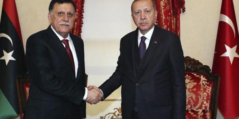 Макрон осудил воздействия Турции в Ливии — Анонсы