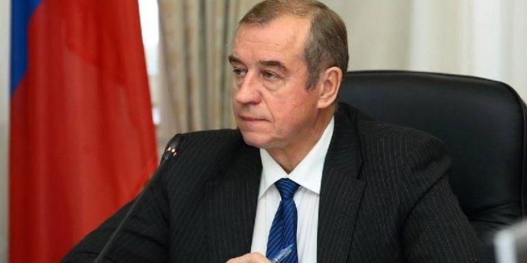 Прошлый губернатор Иркутской области требует Путина отдать ему же участвовать ввыборах